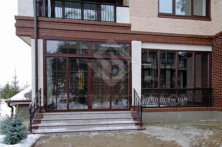 Раздвижные двери из стеклокомпозита