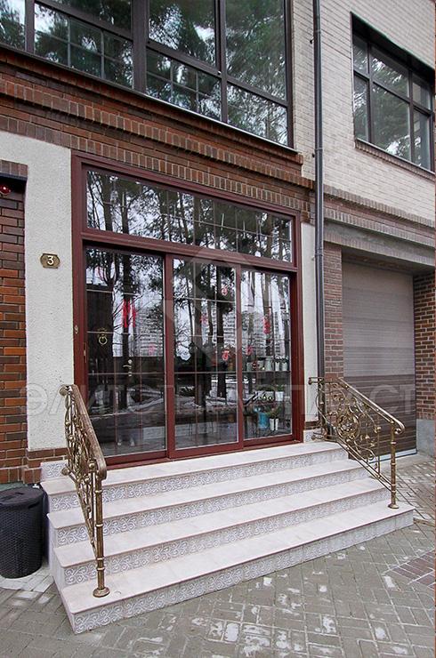 Входные раздвижные двери из стеклокомпозита