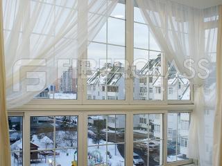 Теплое раздвижное стеколкомпозитное окно