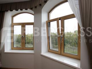 Стеклокомпозитные шпонированные окна в спальне