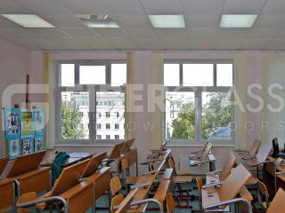 Окна из стеклокомпозита в школе на ул.Щепкина