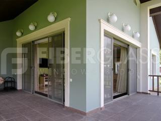 Стеклопластиковые окна для коттеджа