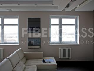 Стеклокомпозитые окна в гостинной