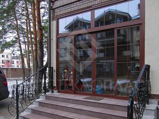 Теплые раздвижные двери большого размера